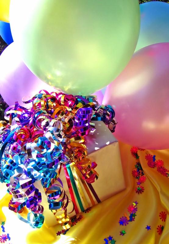 urodziny dla dzieci_prezent_magenta group